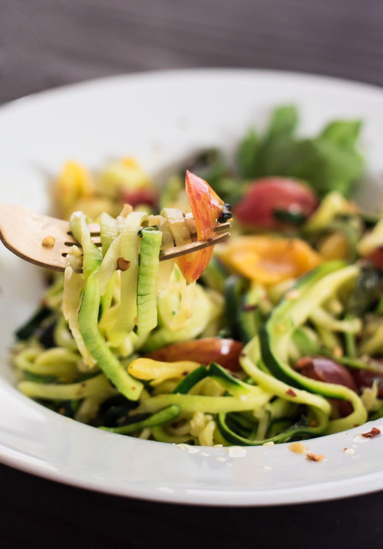 Zucchini Noodle Tomato Basil Pasta | Rainbowl Foods