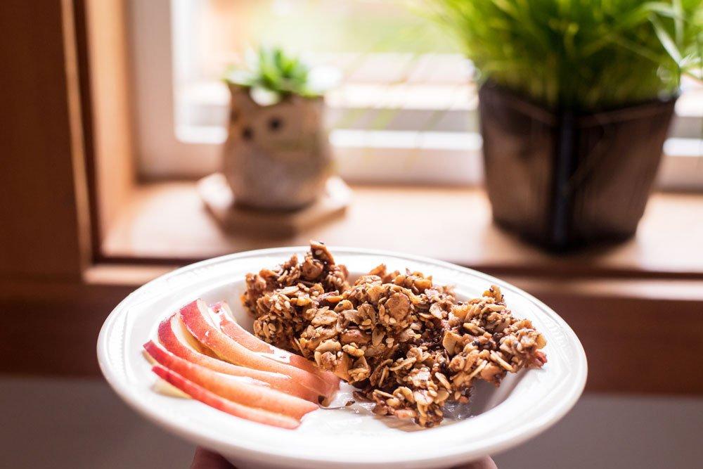 Easy Mix and Match Granola | Rainbowl Foods