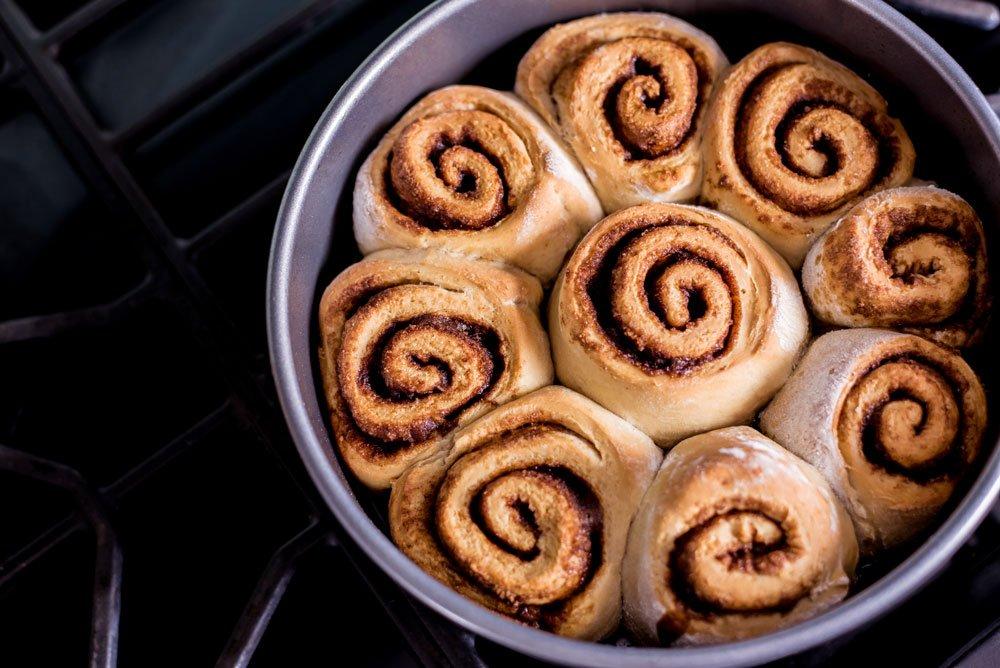 Spiced Chai Vegan Cinnamon Rolls | Rainbowl Foods